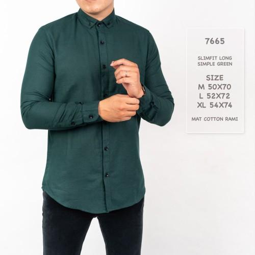 Foto Produk Kemeja Pria Lengan Panjang Polos Hijau Botol / Kemeja Hijau Tua dari Simpleclothes.id