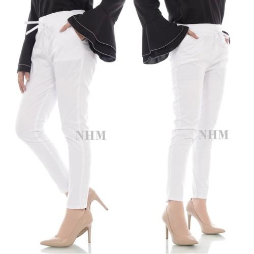 Foto Produk NHM Baggy Pants Putih-Celana Panjang Wanita Baggy Putih dari NHM online shop