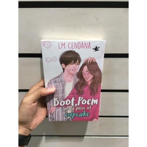 Foto Produk Buku Boot, Poem And A Piece Of Cupcake - LM CENDANA dari Zipxy Up