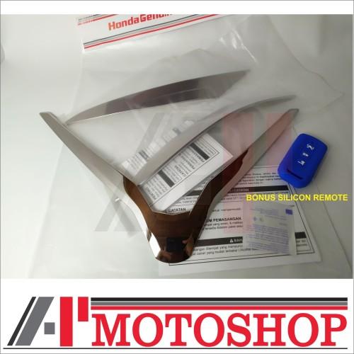 Foto Produk GARNISH HEADLIGHT HEADLAMP PCX ORIGINAL dari Fluent.Store
