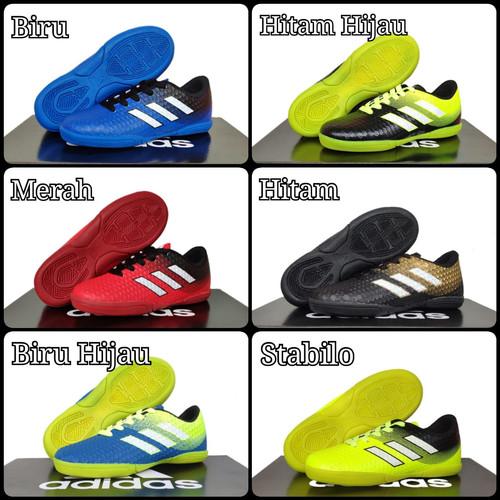 Foto Produk Sepatu Futsal Anak Adidas Size: 28-32 - Biru, 28 dari Raffa-Sport