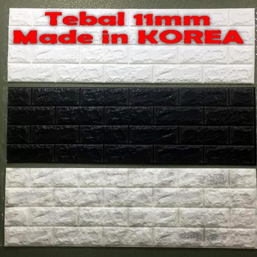 Foto Produk KOREA Wallpaper Dinding 3D Bata 30 x 100 cm Brick Foam Premium - Putih-Abu-Hitam dari Maju Interior