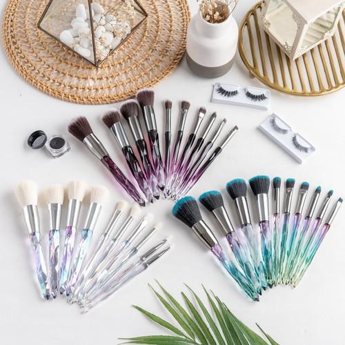 Foto Produk ARAMI Korean Makeup Applicator Brush Set w/ Pouch | Kuas Make Up Wajah - Putih dari Arami Lifestyle