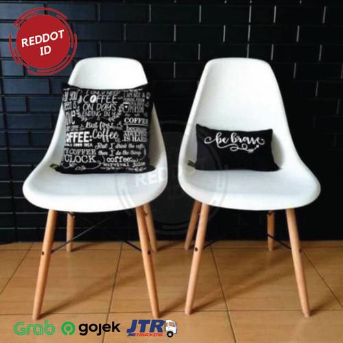 Foto Produk Kursi Cafe Milenial Chair Minimalis dan Modern 51x46x82cm - Putih dari RedDot ID