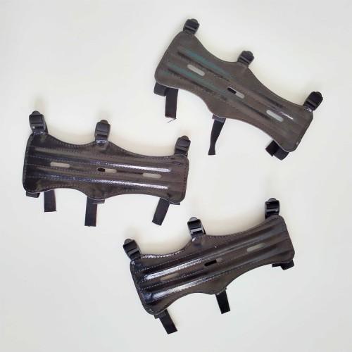 Foto Produk Arm Guard Hitam, Pelindung Tangan untuk Panahan, dari Enigma Zone