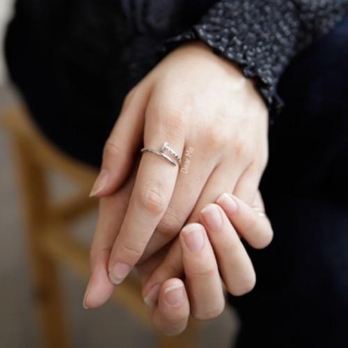 Foto Produk Dear Me - Nail Ring (925 Sterling Silver with 18K Gold Plating) Cincin dari Dear Me Jewelry