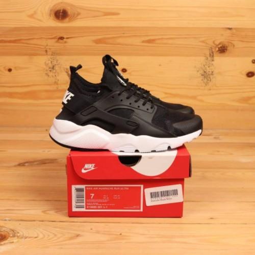 Nike Air Huarache Black White - 40