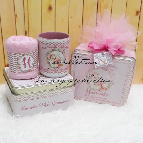Foto Produk Souvenir One Month. Hampers One Month. Hampers Baby Born. dari yei.collection
