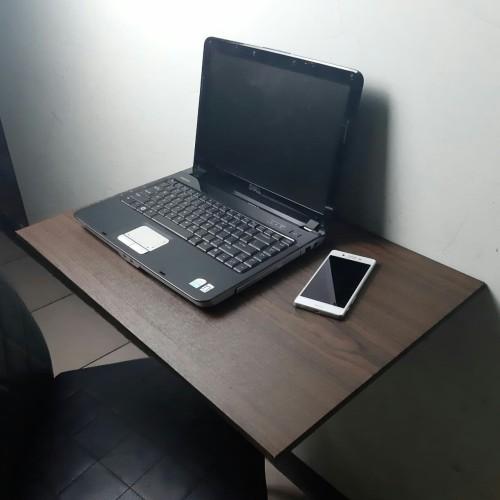 Foto Produk Meja Lipat Dinding / Meja Laptop 40cm x 60cm - Hitam dari Tokoulie