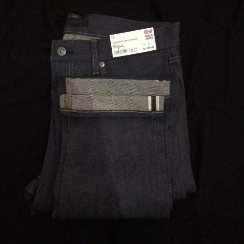 Foto Produk Uniqlo jeans slim fit stretch selvedge dari blackboxInc