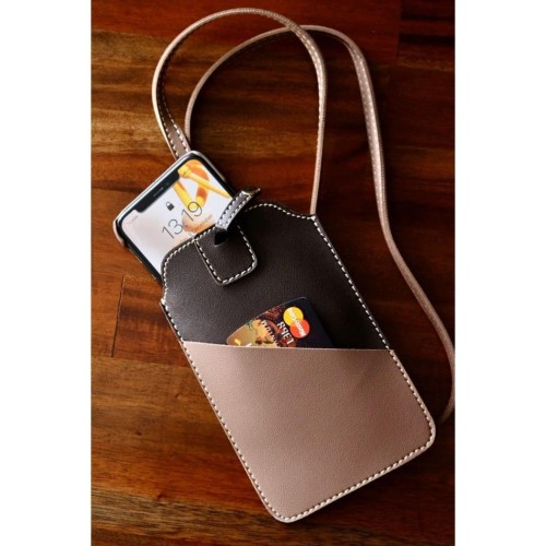 Foto Produk Tempat Hand Phone/ Tempat ID Card Warna Coklat dari Technozio