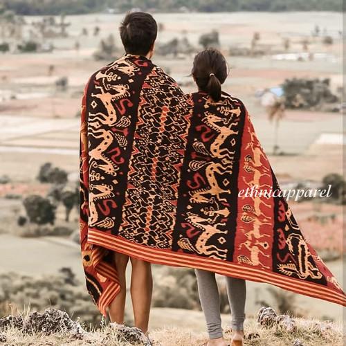 Foto Produk Kain Tenun Blanket Etnik Sumba Grinsing dari ethnicapparelstore