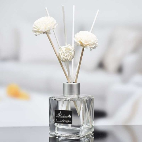 Foto Produk Reed Diffuser Device Pengharum Ruangan Parfum Essential oil Stick 50ml - Rose dari lbagstore