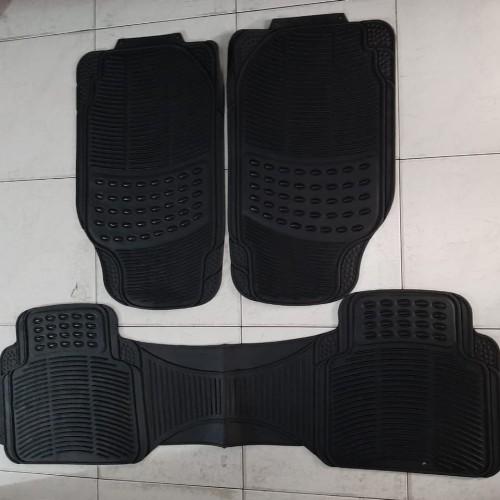 Foto Produk Karpet Mobil Universal 2 Baris Karpet Karet Set dari Yasasi Motor