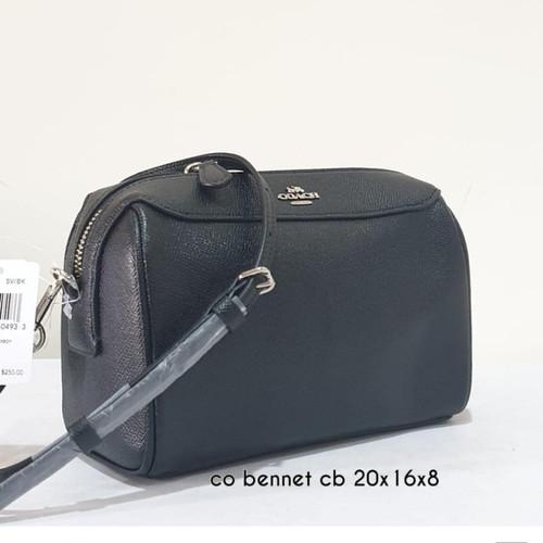 Foto Produk Ready Coach Bennet Crossbody Black Hardware Silver dari ferliarj16