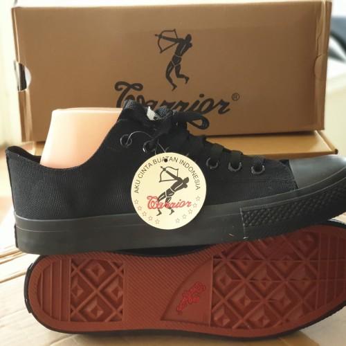 Foto Produk sepatu warrior tipe sparta lc all blk size 44 dari DISTRIBUTOR SEPATU SSA