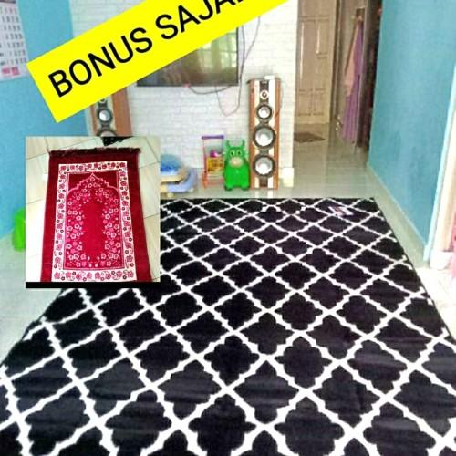 Foto Produk KARPET LANTAI 310 x 210 cm permadani +BONUS SAJADAH MURAH - MOTIF 1 dari BROUMmedia