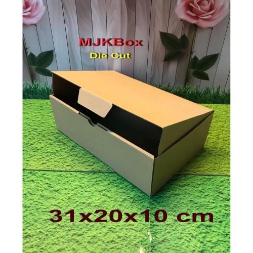 Foto Produk Kotak kardus Uk. 31x20x10 cm,,,,,,,Die Cut dari MJKbox