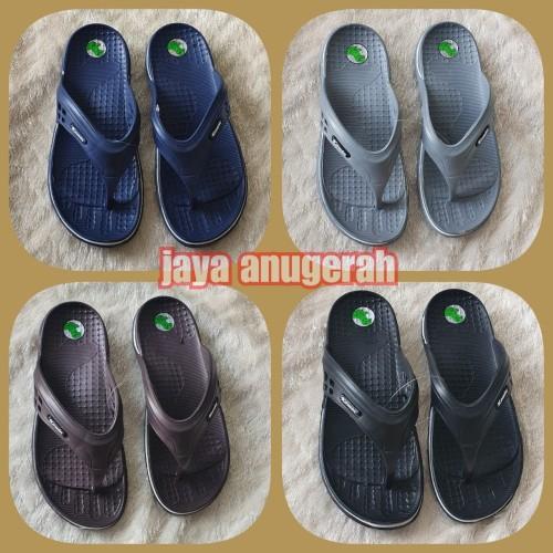 Foto Produk SANDAL JAPIT KARET PRIA MERK KOMIN BAHAN FULL KARET RINGAN dari Jaya Anugerah sandal