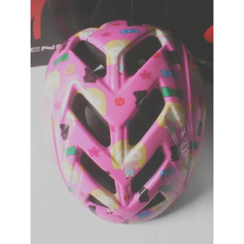 Foto Produk Helm sepeda Genio G13 - Merah Muda dari Said Colletion