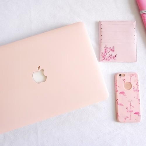 Foto Produk Macbook Matte PASTEL Soft PINK NEW AIR PRO RETINA 11 13 15 Non / Touch dari RajAppleCom