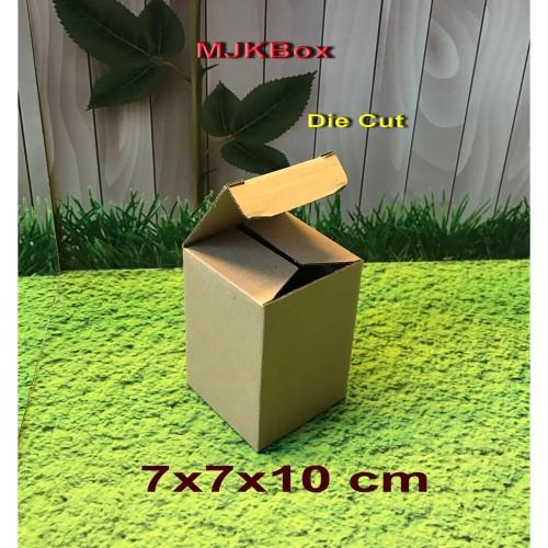 Foto Produk Kotak Kardus karton uk. 7x7x10 cm......Die Cut dari MJKbox