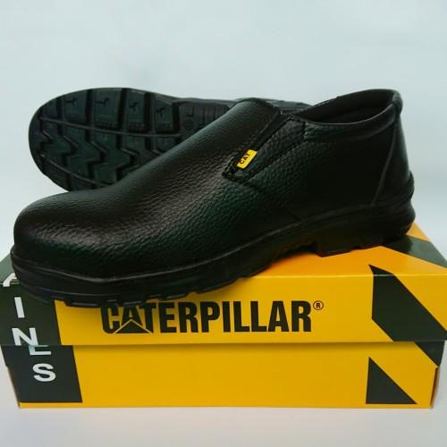 Foto Produk Sepatu Safety Slip-on Caterpillar - Sepatu Kerja Safety dari RaJo Fashion Store