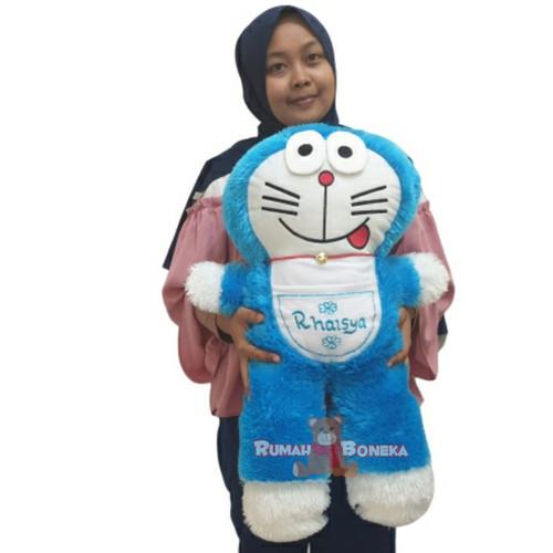 Foto Produk (FREE UKIR NAMA DIKANTONG) Boneka Doraemon Berdiri XL Bahan Rasfur - Biru dari luckyzhum.shop
