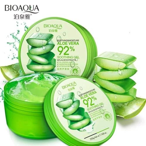 Foto Produk BIOAQUA ALOE VERA GEL LIDAH BUAYA SOOTHING AND MOISTURE 92% 220 Gram dari Bursa Cosmetik Murah