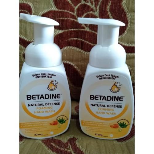 Foto Produk Betadine Foaming Hand Wash PUMP 225ml dari ARRAZKA GREEN SHOP
