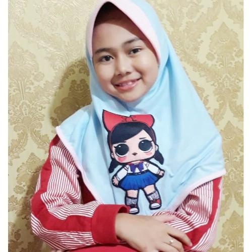 Foto Produk Hijab Jilbab LOL PITA Kerudung Hijab Anak Karakter Jilbab Anak Murah - Merah dari MpokAlice