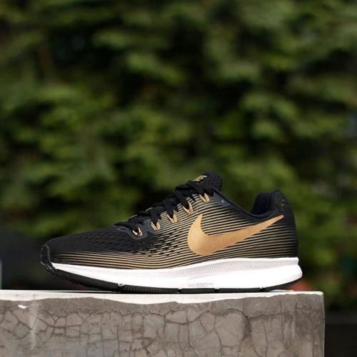 Nike Air Zoom Pegasus 34 Flyease Blackgold