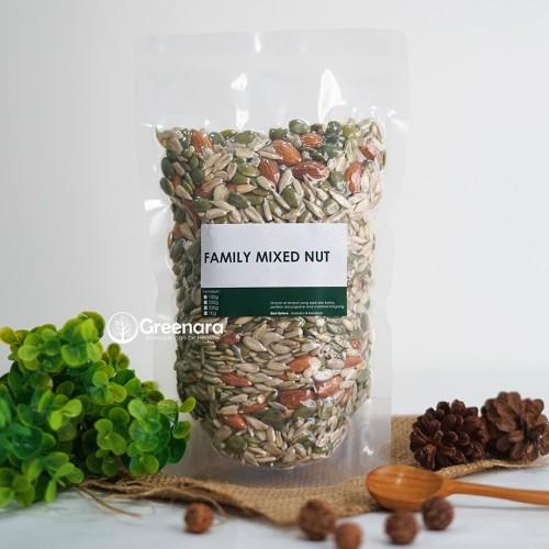 Foto Produk Family Mixed Nuts 500gr / almond / sunflower seed / pumpkin seed dari Greenara