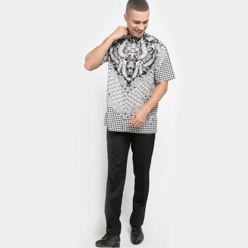 Foto Produk Danar Hadi Batik Motif Ron Pakis Limaran Men Shirt Black - E2 - S dari Danar Hadi Batik