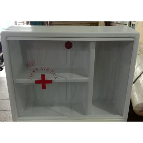Foto Produk Kotak P3K Dinding 3 Ruang Kotak P3K Onemed dari toko alat kesehatan fais