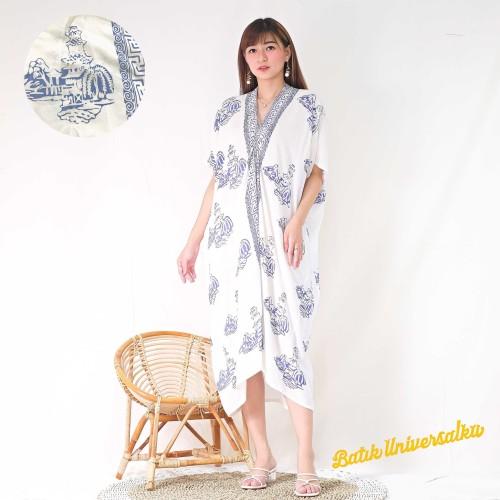 Foto Produk Kaftan Batik Dress Batik Modern. Kaftan midi - Pagoda White dari Batik Universal