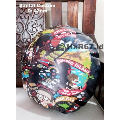 Foto Produk Souvenir Indonesia Modern Bantal Bulat Custom Design dari HNR67