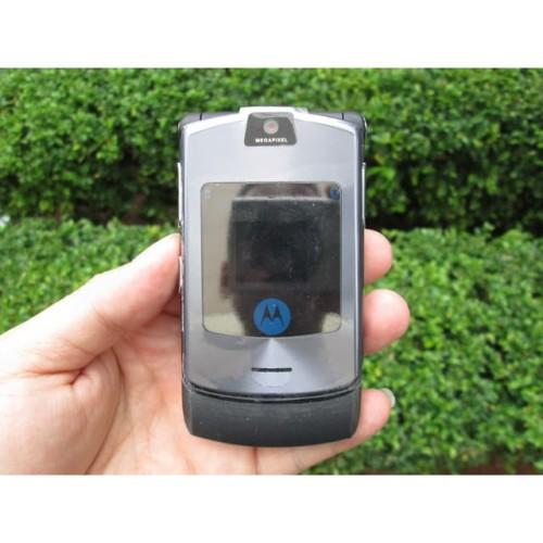 Foto Produk Hape Jadul Motorola V3i RAZR V3i Seken Mulus Kolektor Item dari CNC phoneshop