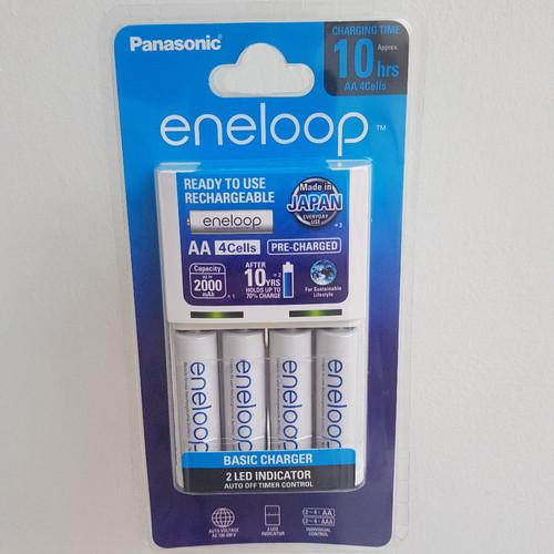 Foto Produk Eneloop panasonic AA 2000mAh 4pcs AA/ charger+ 4 batre eneloop dari seftine_acc