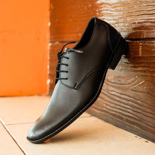 Foto Produk PAULMAY Sepatu Formal Pria Madrid 97 - Hitam, 39 dari Paulmay