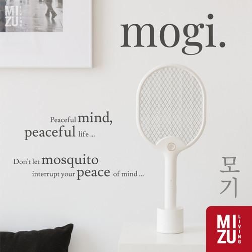 Foto Produk MOGI Raket Nyamuk ONE HIT KILL 4150V HIGH VOLTAGE Mosquito Racket USB - WHITE dari MIZU Living