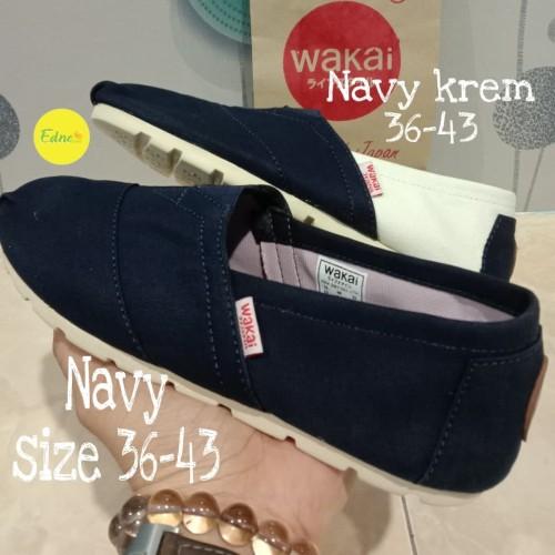 Foto Produk sepatu Wakai full navy dari Edneceria