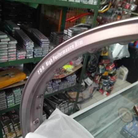 Foto Produk velg tdr er shape ring 17 brown 1 set ukuran 140,160 dari ghaisan market 2020