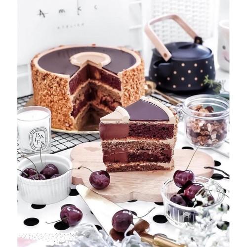 Foto Produk BAILEYS MOCHA CRUNCH CAKE AMKC ATELIER dari AMKC ATELIER