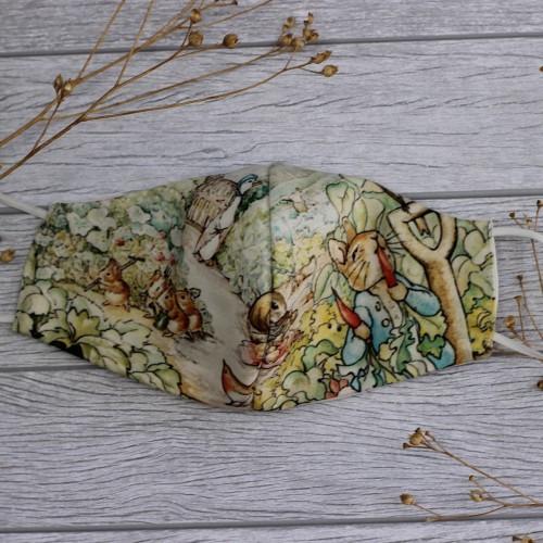 Foto Produk Masker kain katun bamboo 3ply motif Peter Rabbit Print size dewasa dari mabelleid