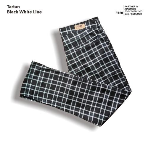 Foto Produk fruddy duddy - fddy - tartan - pants - Black white Line - M dari Fruddy Duddy