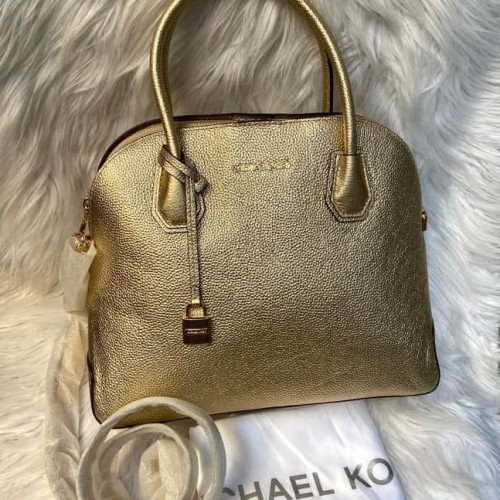 Foto Produk Ready Mk Mercer Pale Gold Large Done Satchel dari ferliarj16