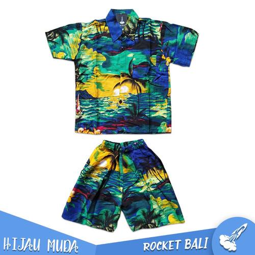 Foto Produk Baju Dan Celana Pantai Anak - Baju Hawai Anak - Setelan Pantai Anak - Hijau Muda, M dari Rocket Bali