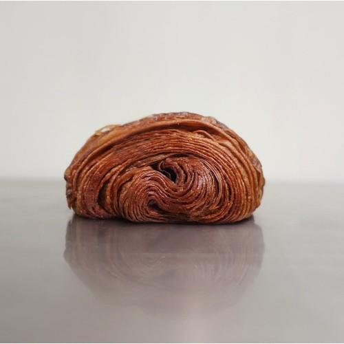 Foto Produk Pain Au Chocolate dari Weirdough Bakehouse