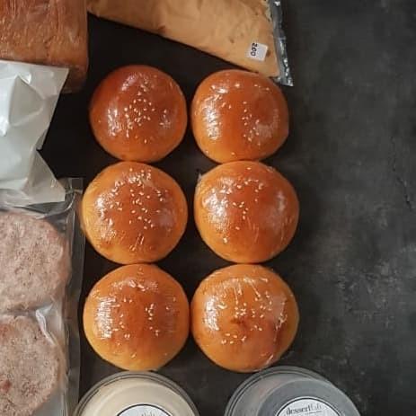 Foto Produk Light Brioche Burger Bun 80g dari cubecreamery